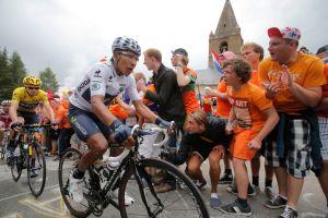 Colombiano Quintana se sube al podio del Tour