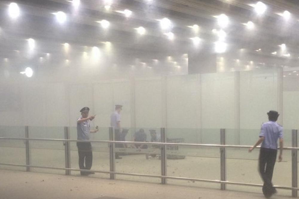 Bomba es detonada en aeropuerto chino