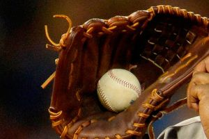 Pitcher mexicano Edwin Fierro cerca de jugar con los Yankees