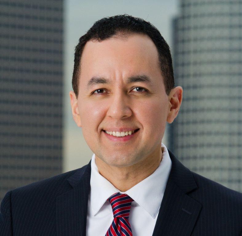 Dr. Nelson A. Castillo.