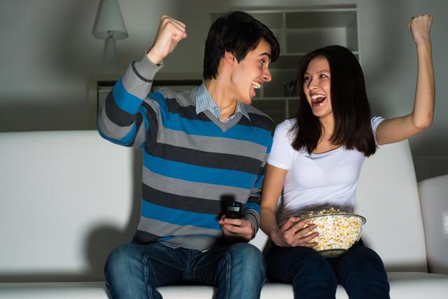 Miércoles de cine en casa: un truco para romper con la rutina
