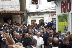 Papa Francisco inicia quinto día en Brasil