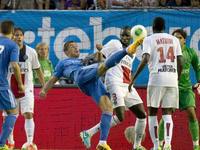 Ancelotti y Real Madrid vencen 1-0 al PSG