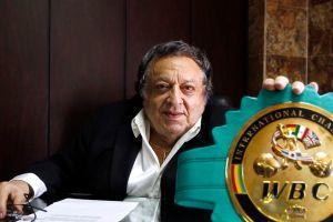 Sulaimán recomienda a Chávez no abandonar a su hijo