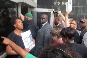 Activistas de Houston hablan con federales sobre caso de Martin
