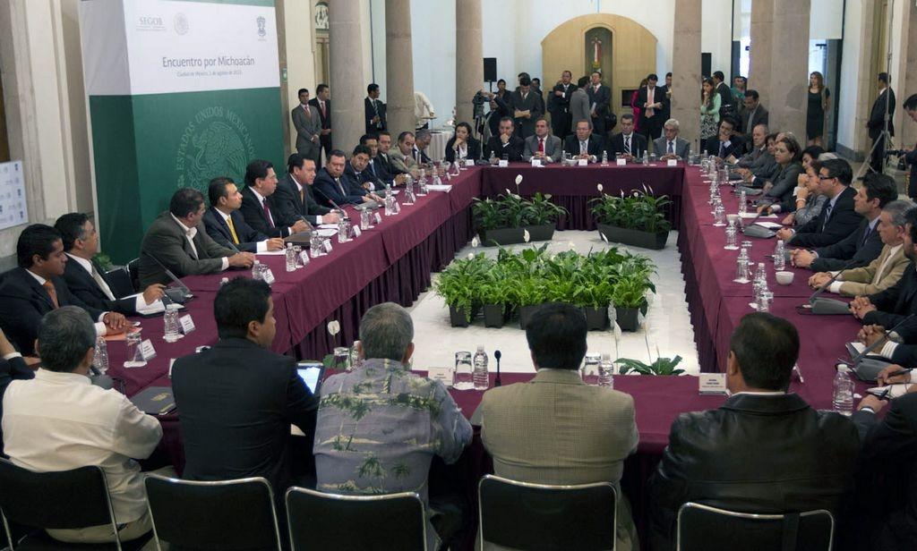 Michoacán será recuperado, aseguran gobernantes