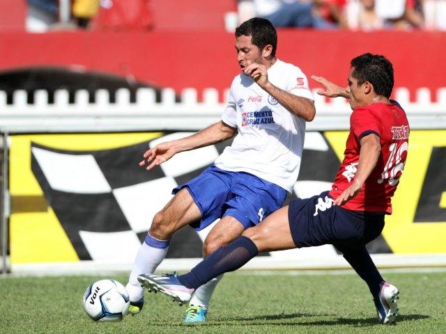 Veracruz vence 3-2 A Cruz Azul y se aferra a la cima (Video)