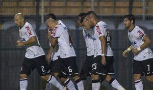 Corinthians se acerca a los líderes con gol de Guerrero (video)