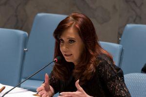 Fernández recuerda a EE.UU. que terminó guerra fría