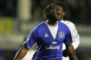 Louis Saha anuncia su retiro del fútbol (Video)