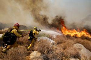 Sigue avanzando el incendio Silver en Riverside