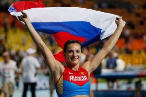 Isinbayeva pone 'broche de oro' a su carrera