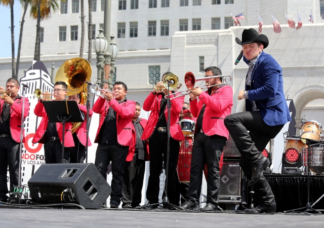 El gusto por la banda influye en la popularidad del mariachi