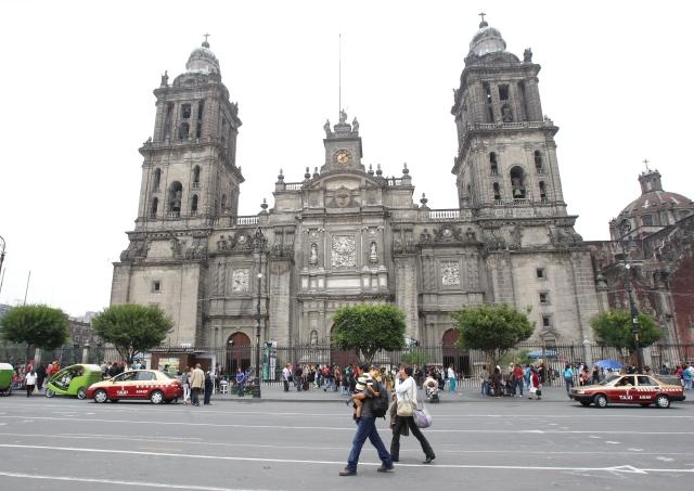 Juan Miguel Zunzunegui busca cerrar heridas con su nuevo libro