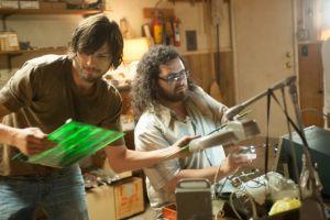 Ashton Kutcher es Steve Jobs en filme sobre creador de Apple