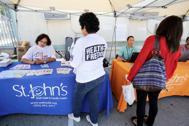 Abren inscripciones para Obamacare en Los Ángeles