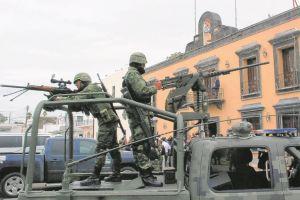 México refuerza seguridad tras caída del 'X-20' (video)