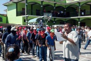 Dan ultimátum a las autodefensas del país