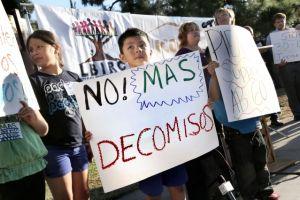 Latinos denuncian acoso racial del Sheriff de Long Beach