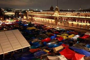 Maestros relajan bloqueos en la capital mexicana