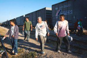 "Tren ""La Bestia"" se descarrila en México y deja muertos"