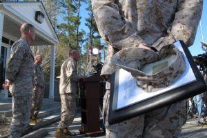 Los 'Marines' instruirán técnica de combate a las mujeres