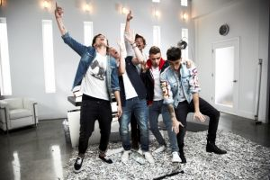 One Direction estrena 'This Is Us'