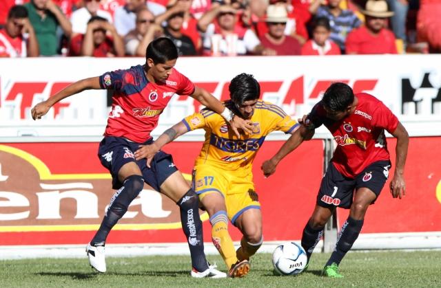 Veracruz roba punto a Tigres