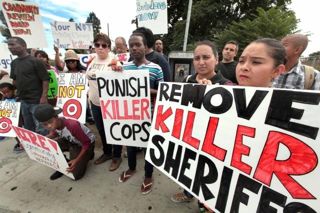 Residentes de Compton temen al departamento del Sheriff