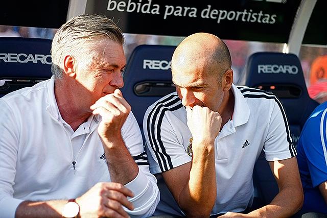 """Zidane: """"Incomprensible pagar 100 millones de euros por un jugador"""""""