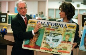 Pronto cambiará la licencia de conducir de California