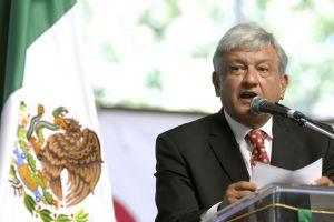 "Obrador dice que reforma energética es ""un atraco vil"" para México"