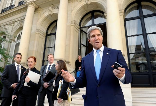 'Urge  ataque en Siria', Kerry