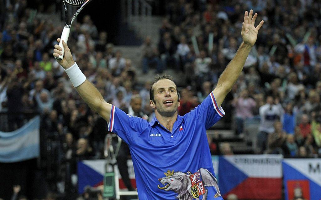 Radek Stepanek se hizo del primer punto de la serie.
