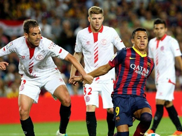 Alexis Sánchez rescata al Barcelona ante el Sevilla