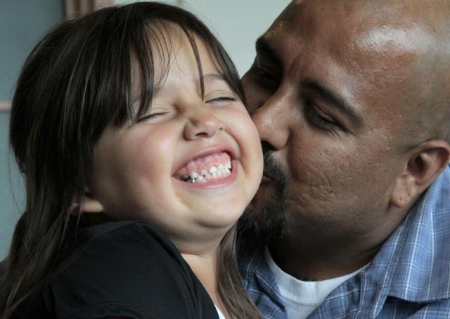 Corte Infantil del Condado de LA reunifica familias