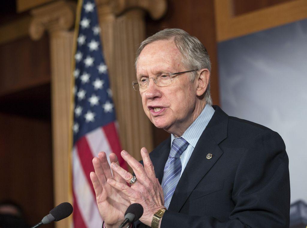 """Senado votará el domingo para evitar """"cierre del Gobierno"""""""