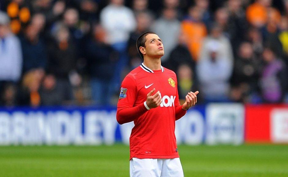 'Chicharito' inicia ante el Liverpool de Luis Suárez