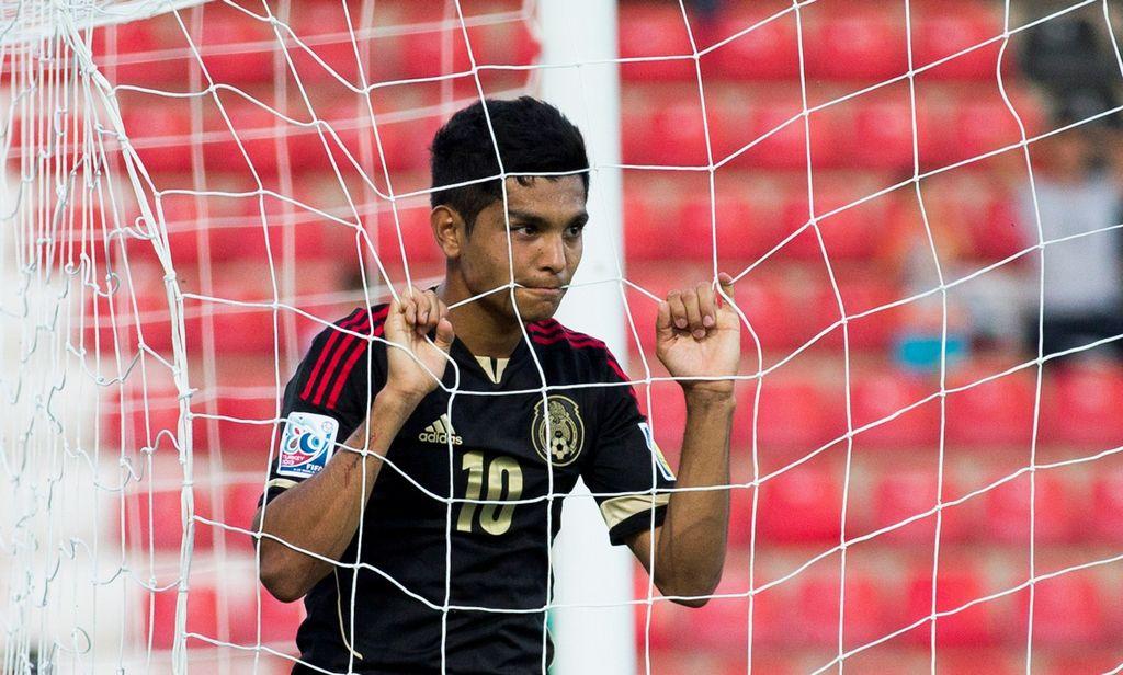 Llegada del 'Tecatito' al Twente satisface al venezolano Rosales