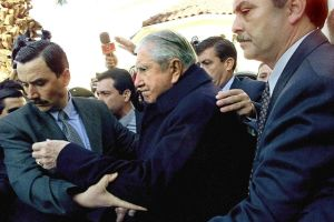 Publican novela que refleja los últimos días de Pinochet