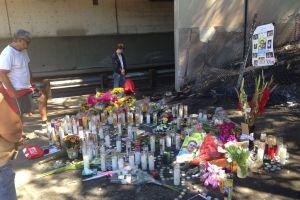 Ponen altar a víctimas de accidente en Burbank