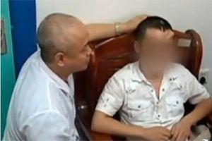 Médicos en China injertan nariz en frente de un paciente (Video)