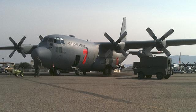 Avión militar de EEUU aterriza de emergencia en el Mediterráneo