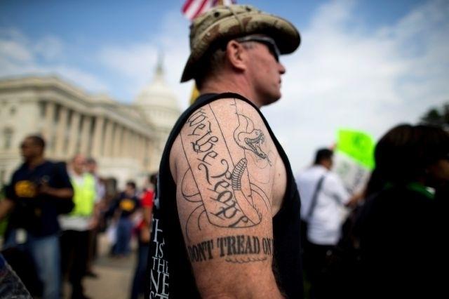 Manifestantes en el Capitolio critican a republicanos por cierre