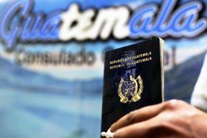 Consulado de Guatemala en LA tramitará pasaportes sin DPI
