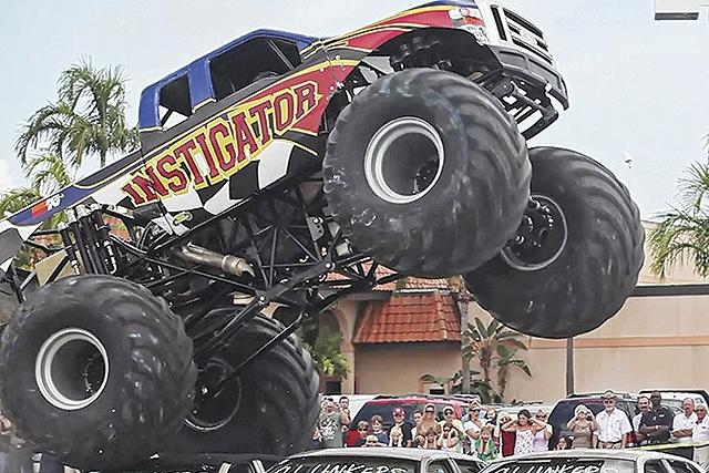 """""""Monster truck"""" mata en México a ocho espectadores (Videos)"""