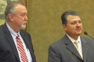 Otro hispano en Houston llega a la directiva del Sistema de Salud de Harris