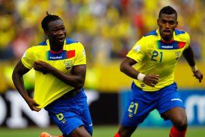 Ecuador prueba variantes en delantera para Uruguay
