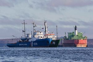 Rusos denuncian drogas en barco de Greenpeace