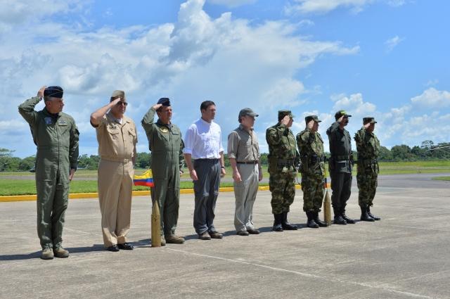 Miles de militares en pos de jefes de FARC